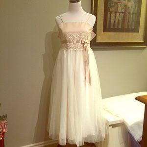 David's Bridal Ivory Flower Girl Dress Size 8